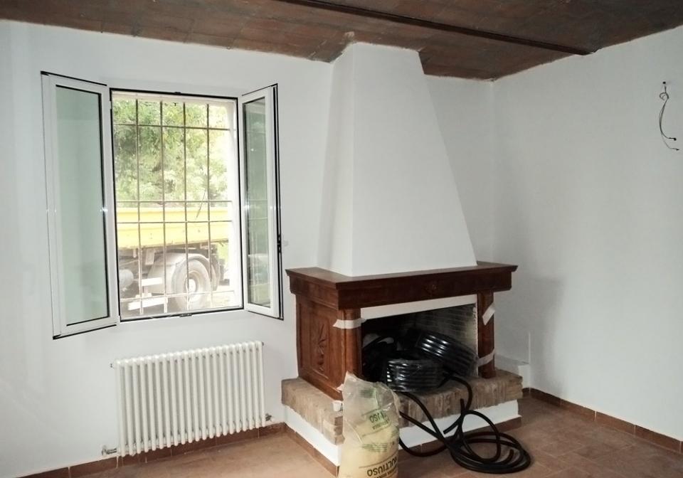 Imbianchino Bologna - tinteggiatura interni cartongesso verniciatura finestre porte AC Argomenta ...
